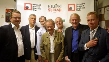 HSRC:n seitsemän puheenjohtajaa samassa kuvassa
